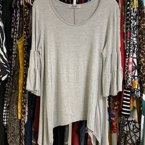 Tops - Grey Tunic w/bell sleeves